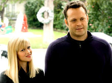 425.fourchristmases.vaughn.witherspoon.lc.102308.jpg