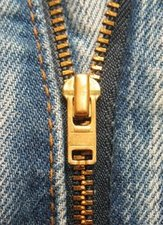 Jeans_zipper_closeup.jpg